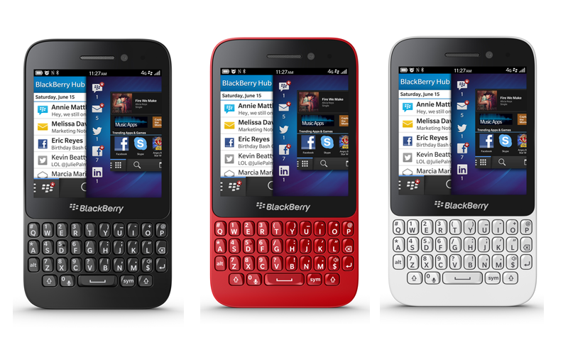 Blackberry Q5: Black-Red and White