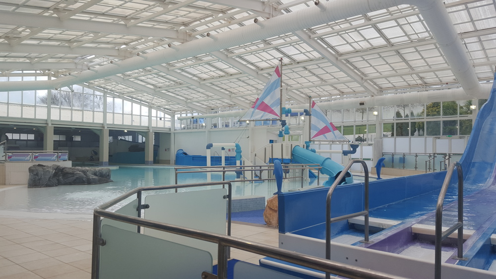 Devon cliffs review haven holidays easter 2016 - Cottages in devon with swimming pool ...