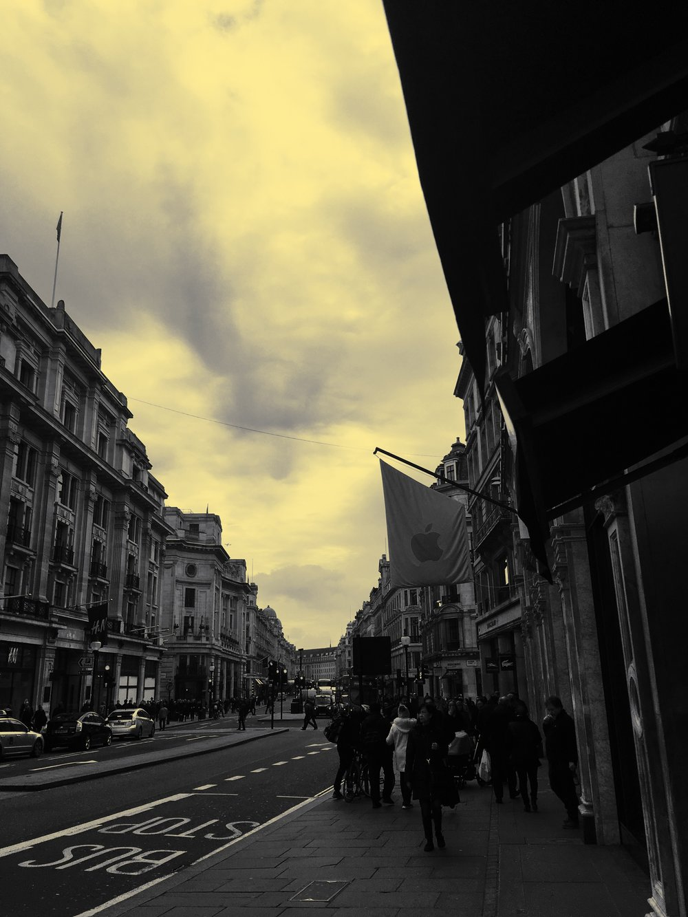 Apple Store-Regent Street