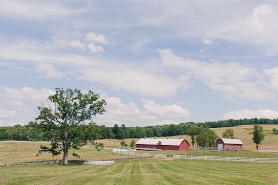 Casual Barn Wedding in the Country Day of Coordination. Photos by Mademoiselle Fiona