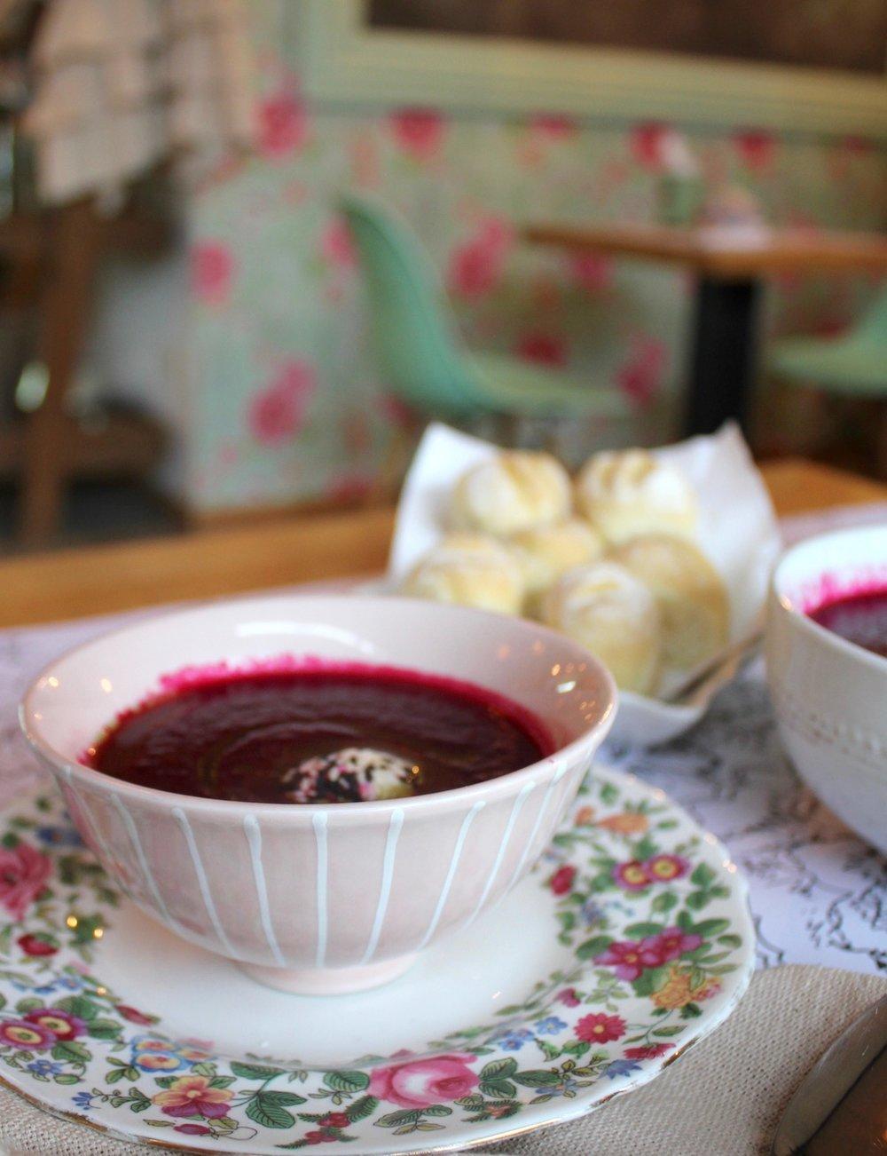 Sopa de remolacha (temporada invierno)