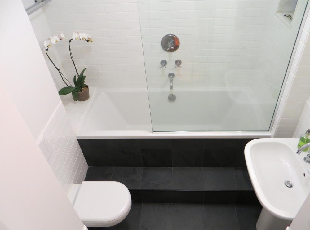 bl-bath.sml.jpg