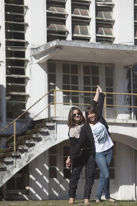 Sandra Moser e Taísa Rodrigues: se divertindo na Cidadela Cultural Antarctica.