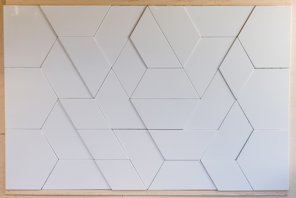 Shapes vitreous enamelled architectural panels for Temal