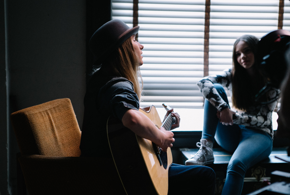 sawyer fredericks photo