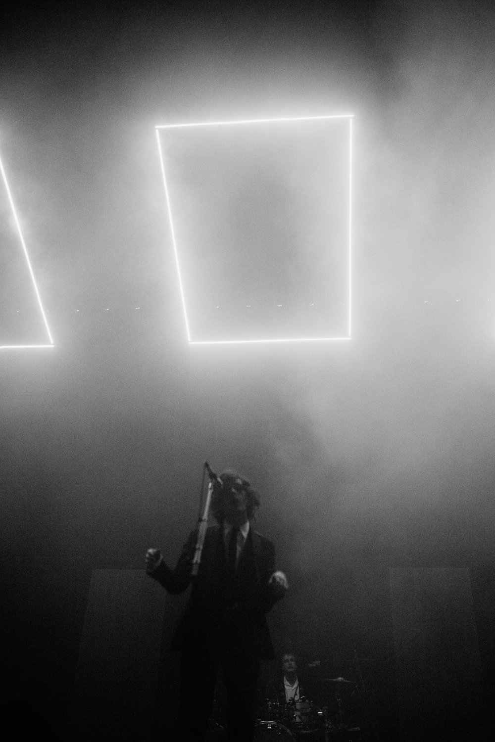 the 1975 black and white