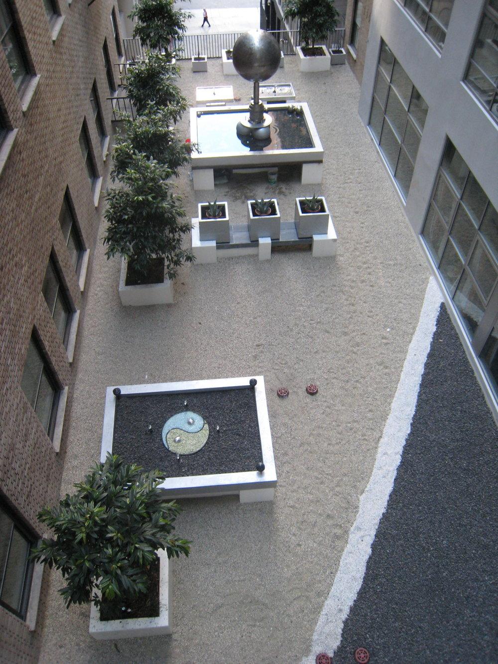 Ying Yang Courtyard