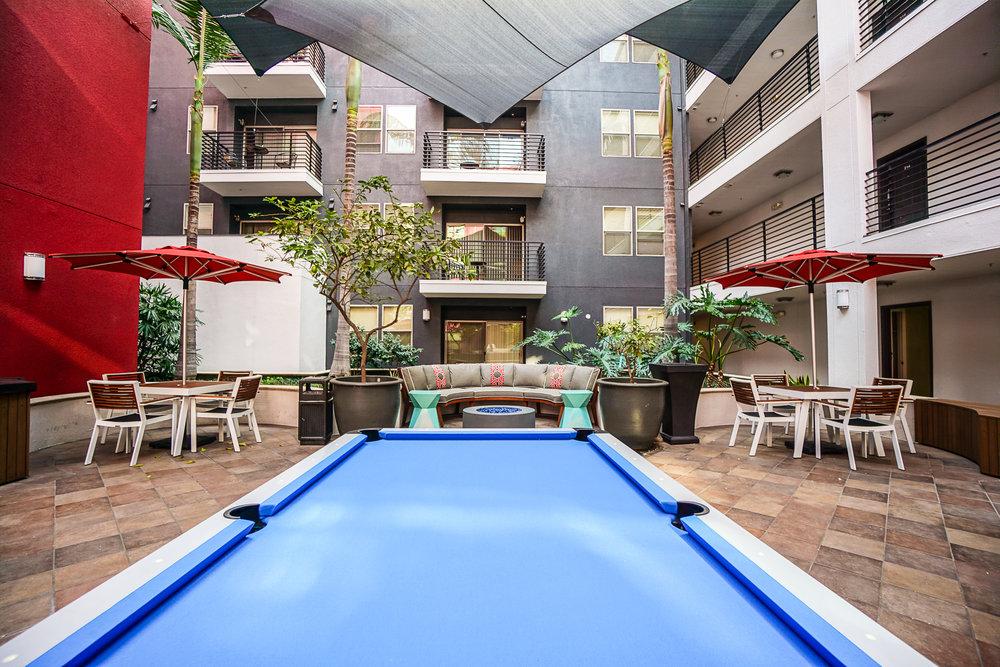 Straight Designs Gardens Courtyard LR1 w.jpg
