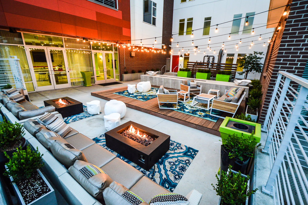 Straight Designs1000 Leasing Courtyard Final LR2.jpg