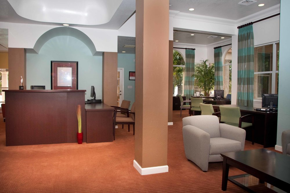 Savannah  lakes_Leasing interior_Before.jpg