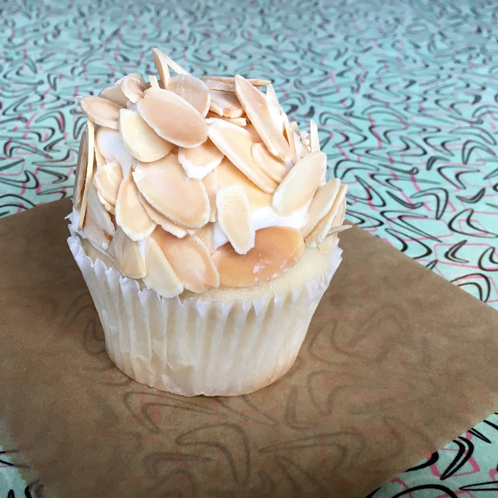 stf-special-sweet-almondcreamcupcake1.jpg