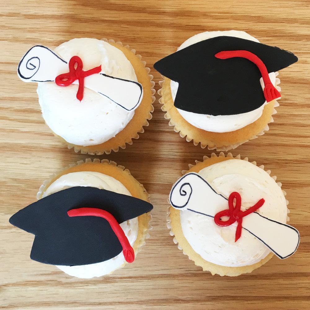 stf-cupcake-graduation.jpg