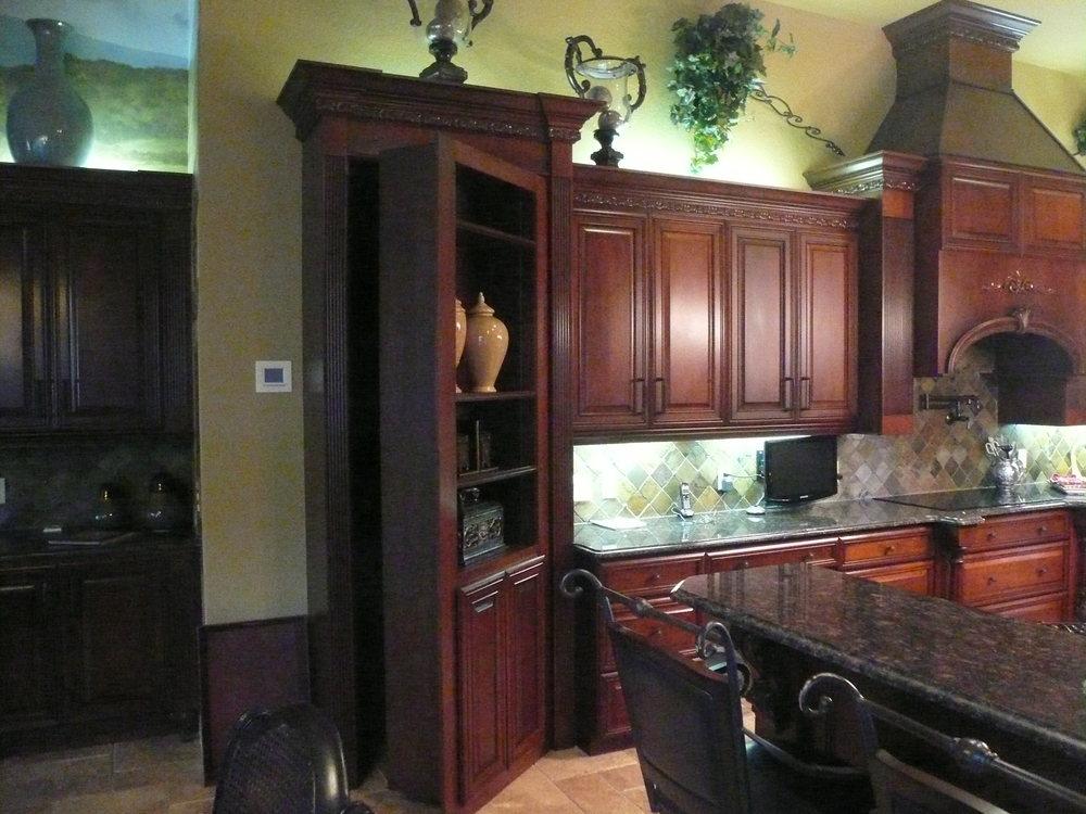 Crevani Cabinets 009.jpg