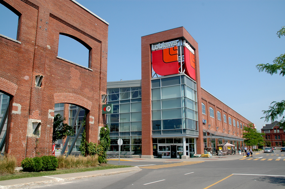 Loblaws: 8 Projects/Projets