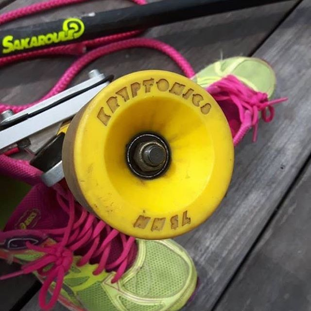 Some pics and words from Kryptonics Global Ambassador Jerome Bevilacqua. Test ride on a beautiful Bossa board, Gbomb brackets and  beefed up Bennett: the big 75mm yellow Star-Trac Kryptonics are the perfect match for a smooth ride, speed pumping with rebound and grip. #kryptonicswheels #yellow #kryptonics #longboard #longboardwheels #skateboardwheels #jeromebevilacqua #longdistanceskateboarding #ldp #skateboarding