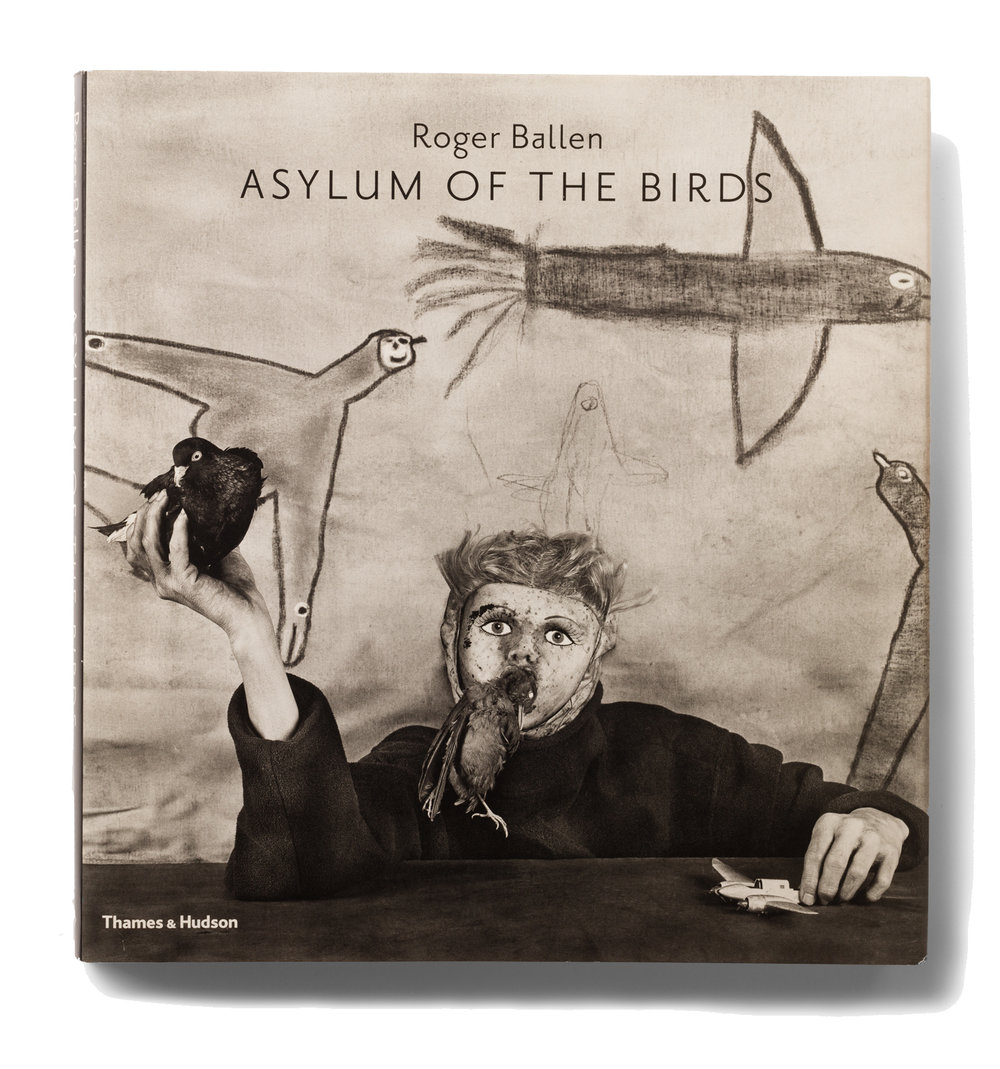 Roger-Ballen_Asylum-of-the-birds_CROP.jpg