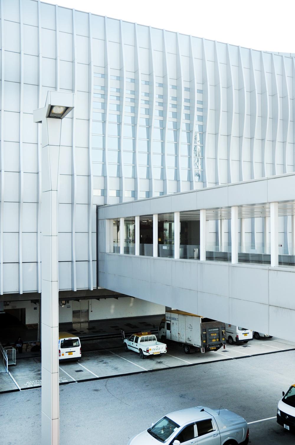 Hong Kong Airport Terminal 2 Sky Plaza_18.jpg