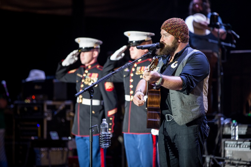 Zac Brown Gives Thanks
