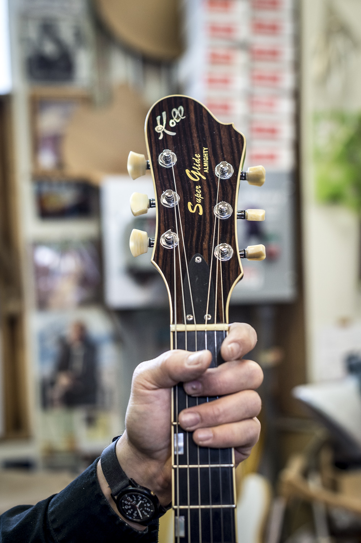 Saul Koll Guitars-15.jpg