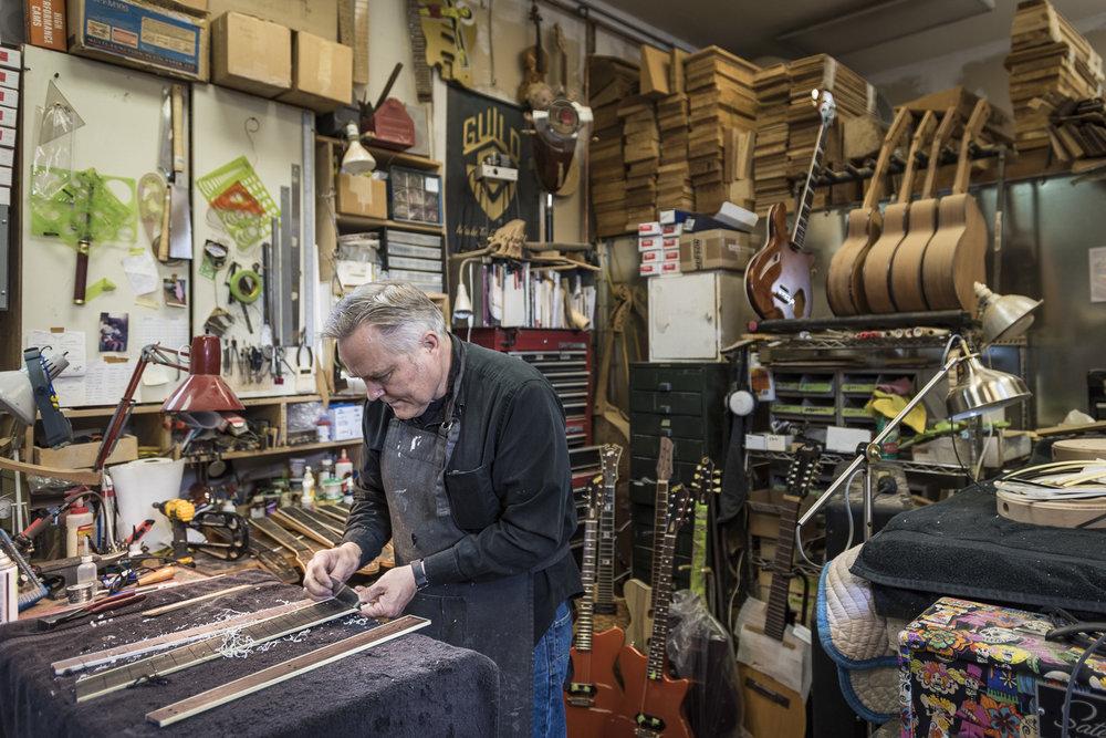 Saul Koll Guitars-3.jpg