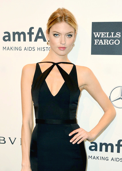 Martha+Hunt+Arrivals+amfAR+New+York+Gala+1sDDrmRhstfl.jpg