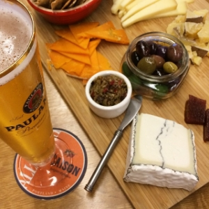 American Cheese Month - Beer Wine Cheese Pairing