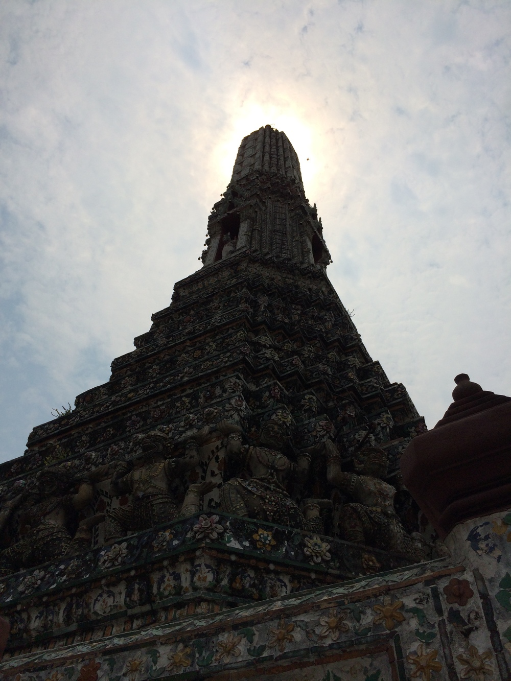 "Wat Arun, ""Temple of Dawn"""