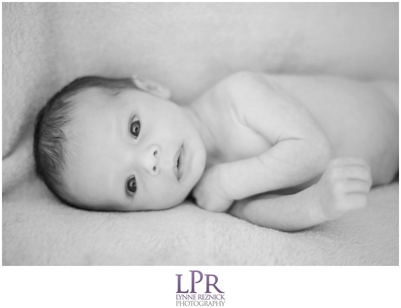 boston-MA-home-lifestyle-newborn-baby-portrait-session.jpg