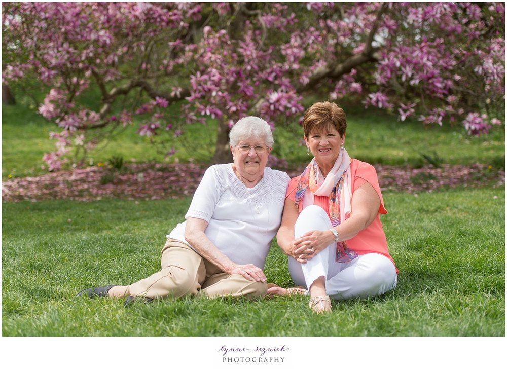 spring colors abound at arnold arboretum for family photos