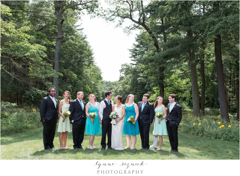 blue and green tones perfect for a wedding at the Eleanor Bradley Estate in the summer