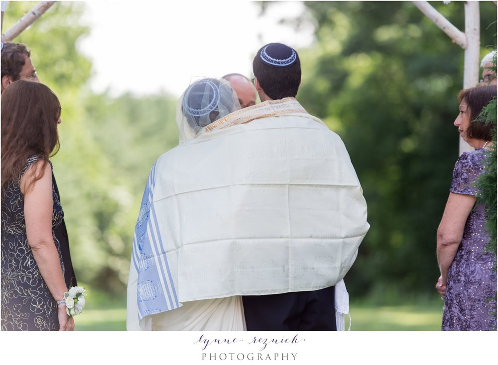 jewish couple ties the knot at a summer ceremony in Canton MA at the Bradley Estate