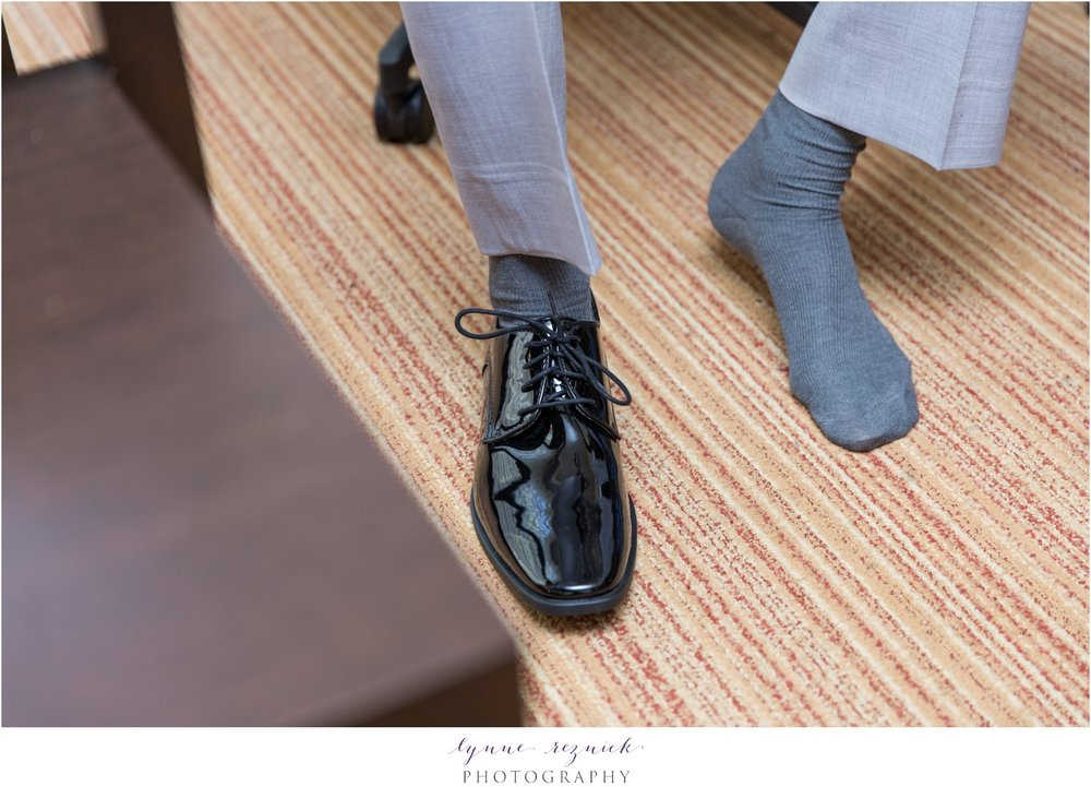 groom gray suit and black shoes for fall wedding