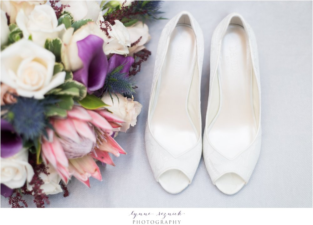 davids bridal wedding shoes and fall wedding bouquet at saphire estate