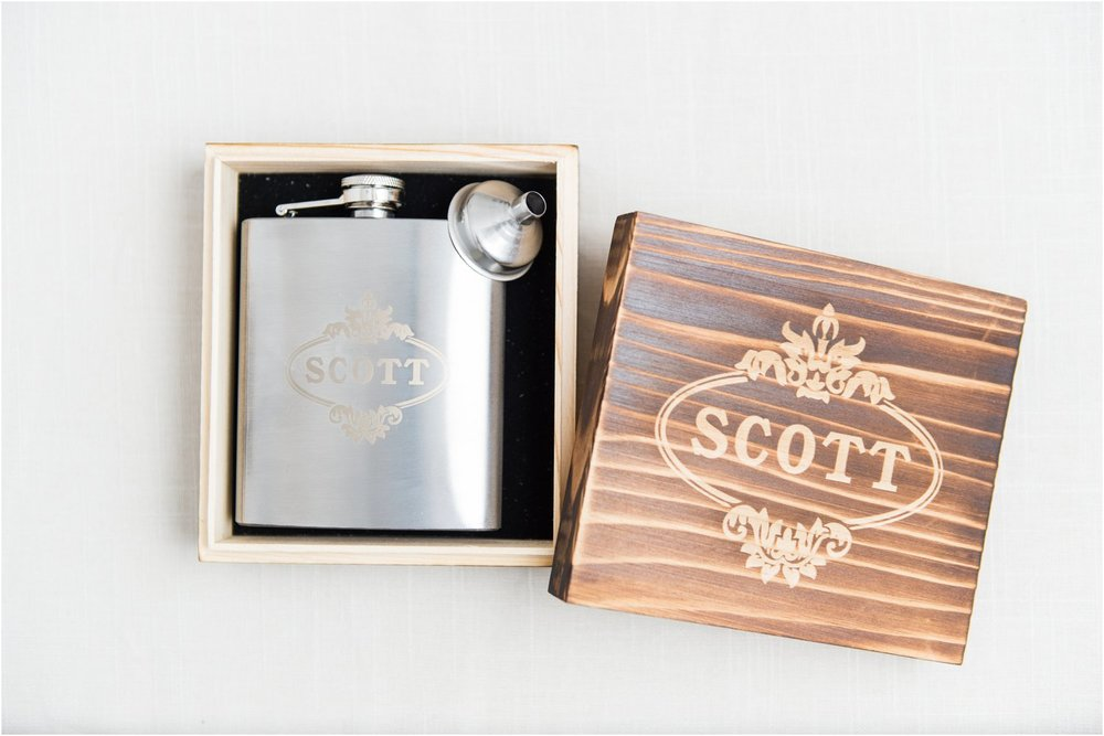 wedding planning groomsmen gift flask