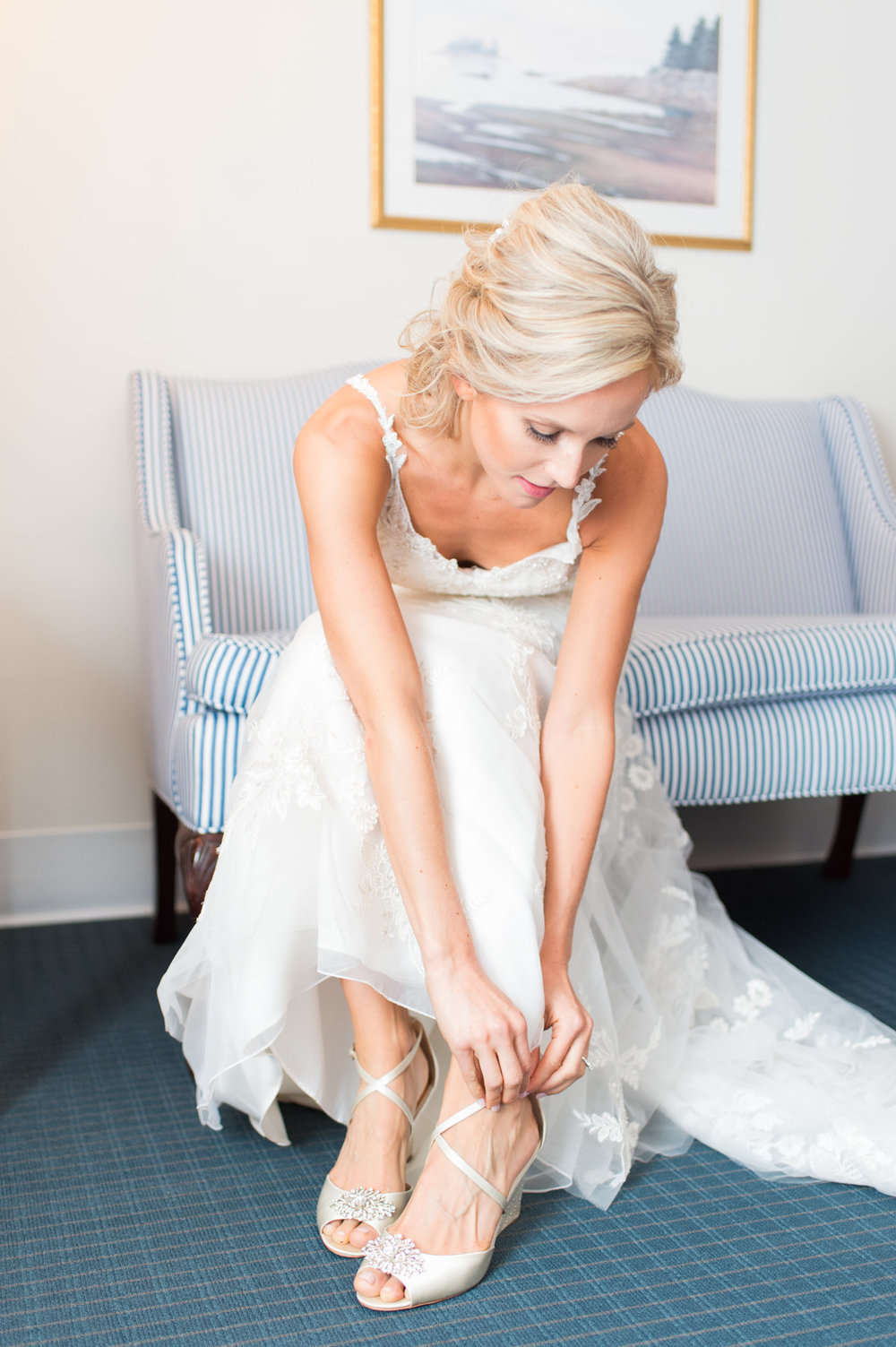 wedding planning when a second photographer is essential getting ready
