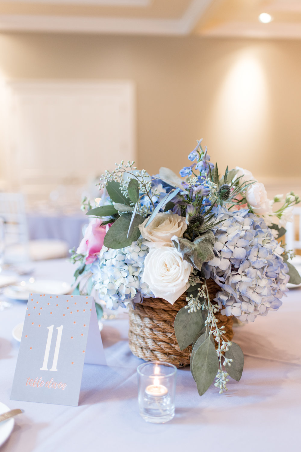 navy periwinkle summer wedding color palette inspiration floral centerpieces