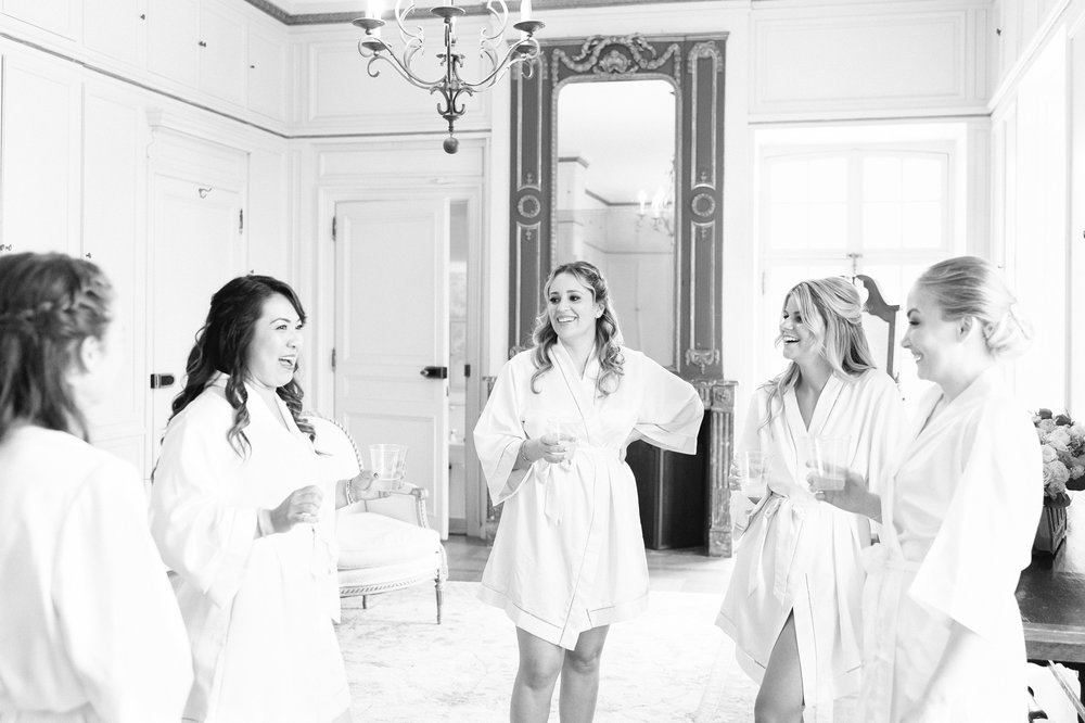 glen manor house bridesmaids in blush robes getting ready with bride