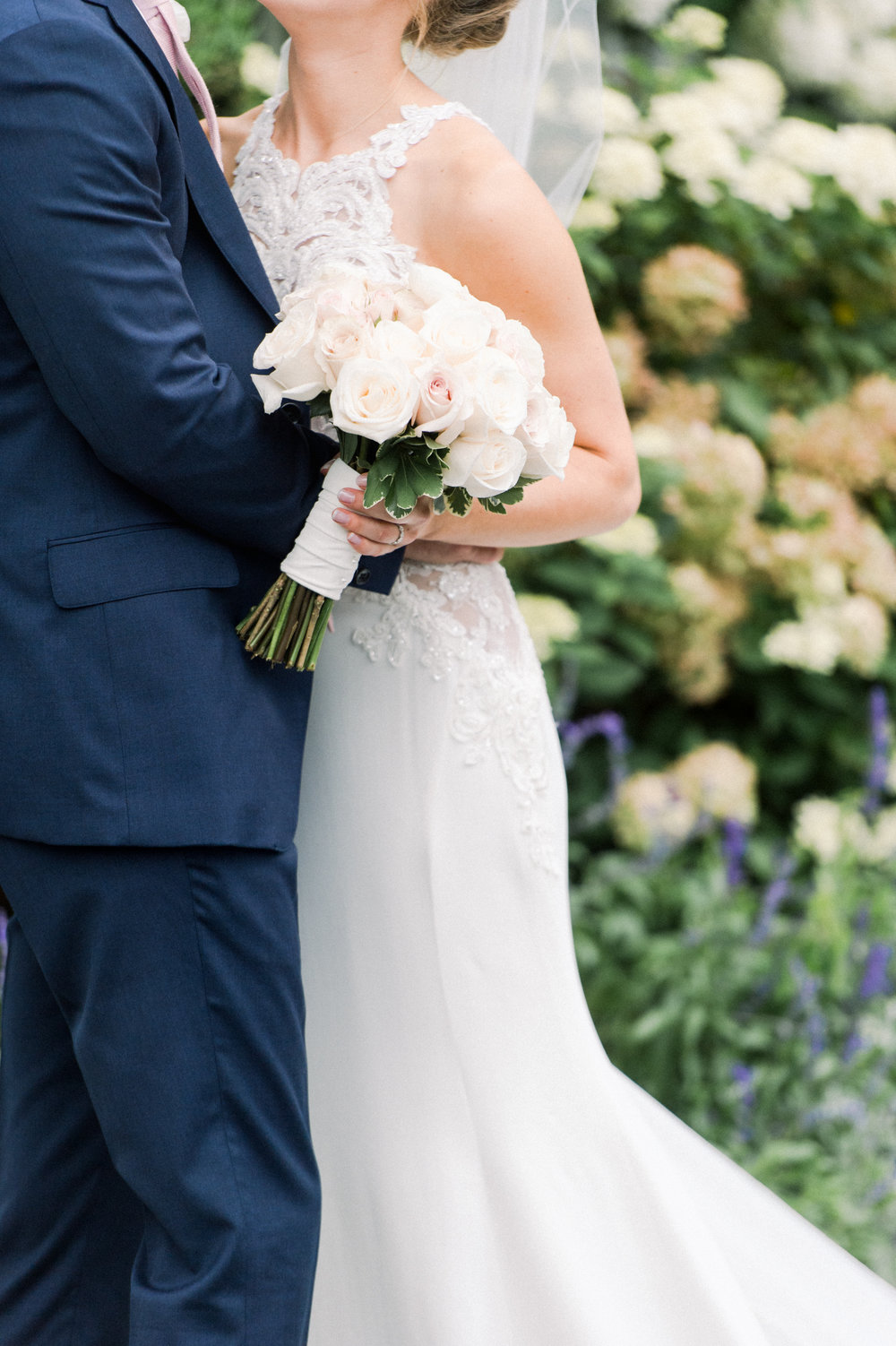 The Commons 1854 Topsfield MA wedding | Massachusetts wedding venue | Massachusetts wedding photography | couples portraits bride and groom | First look | pale blush pink bouquet