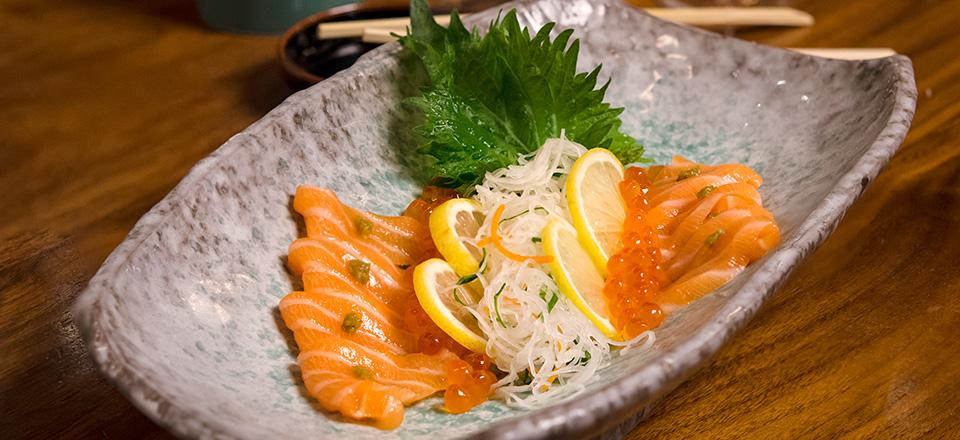 blue_ribbon_sushi_carousel_04.jpg