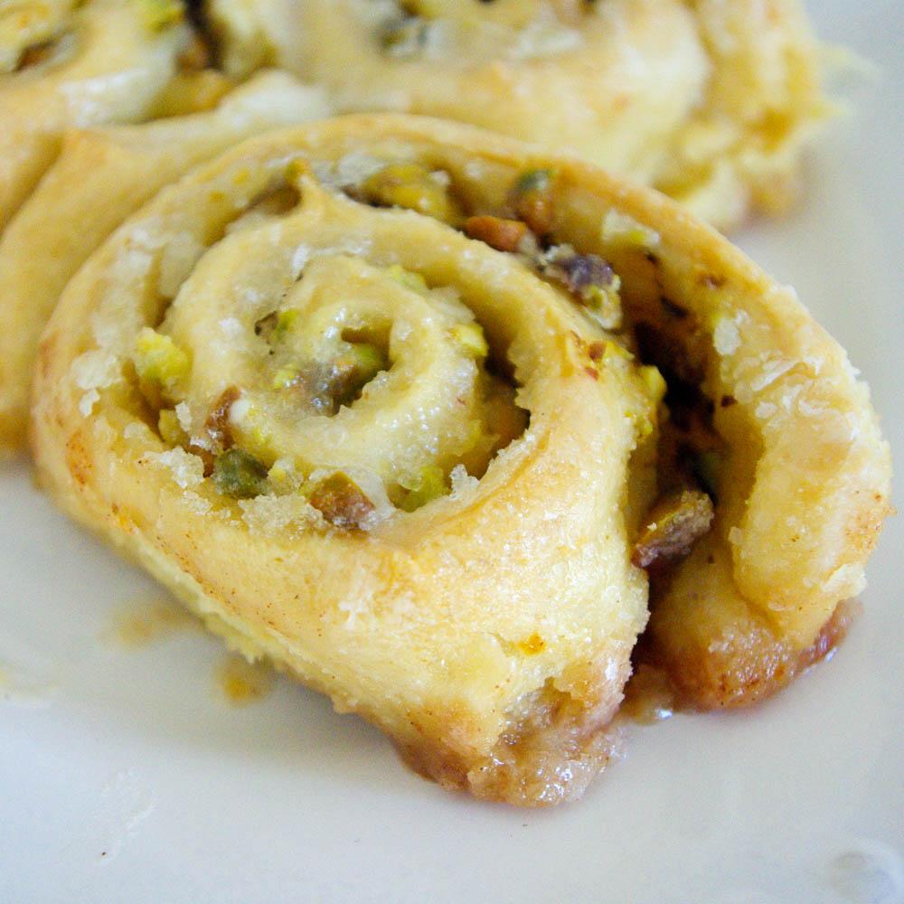 Lemon Pistachio Rolls | www.thebatterthickens.com
