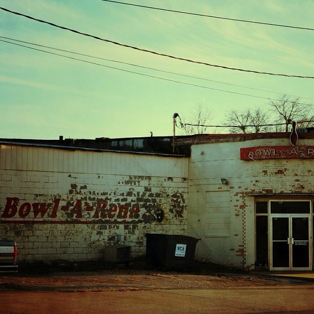Old bowling alley just off of old Rt 66 in Lebanon MO.