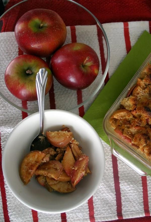 Paleo Apple Pie Crumble