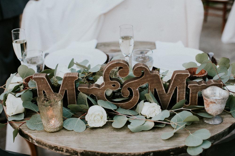 jacquelyn&matt_married_217003.jpg