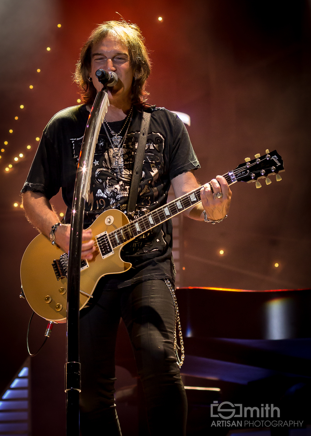 Dave Amato (REO Speedwagon)
