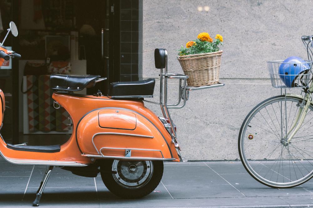 janelle-grace.com > Melbourne street details  > euro transport vibes.jpg