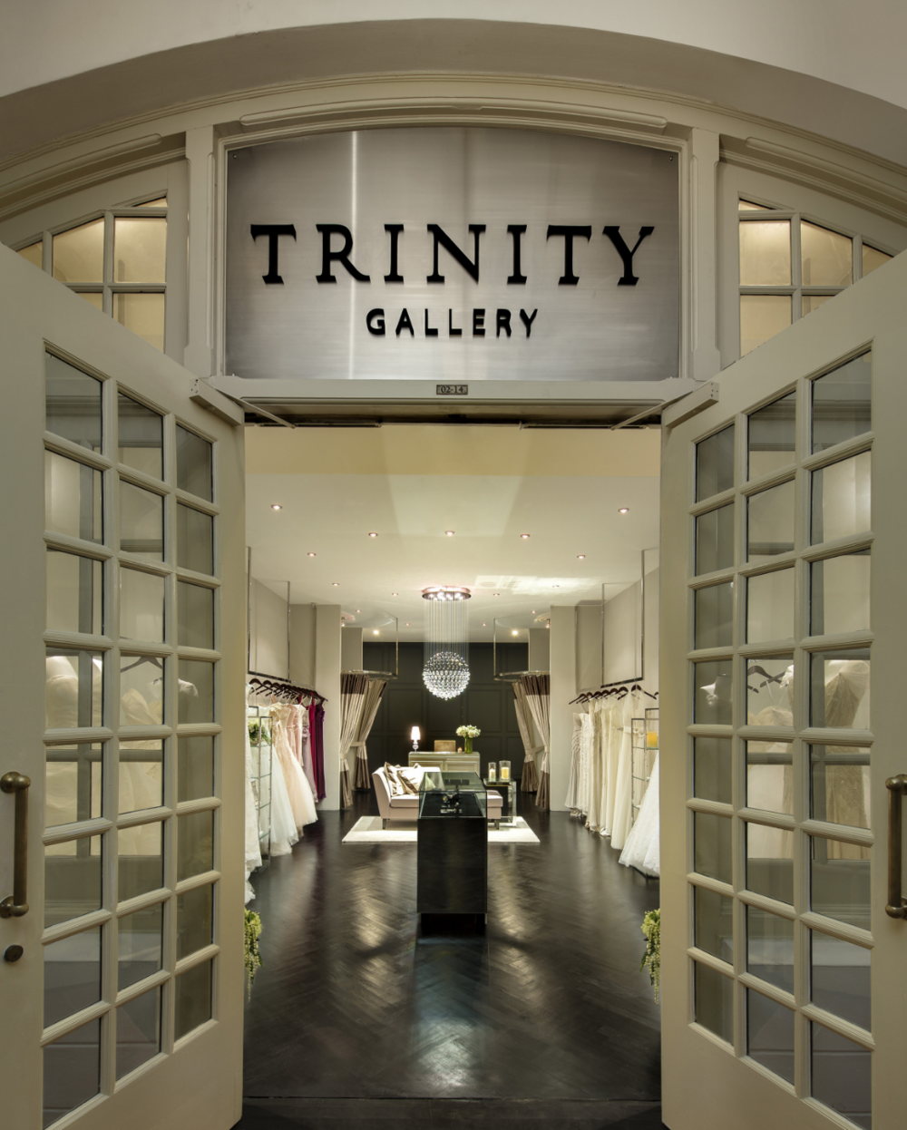 Trinity Gallery in Raffles Hotel, where we bring designers such as Oscar de la Renta , Monique Lhuillier, Jenny Packham, Reem Acra and Marchesa to Asian brides.