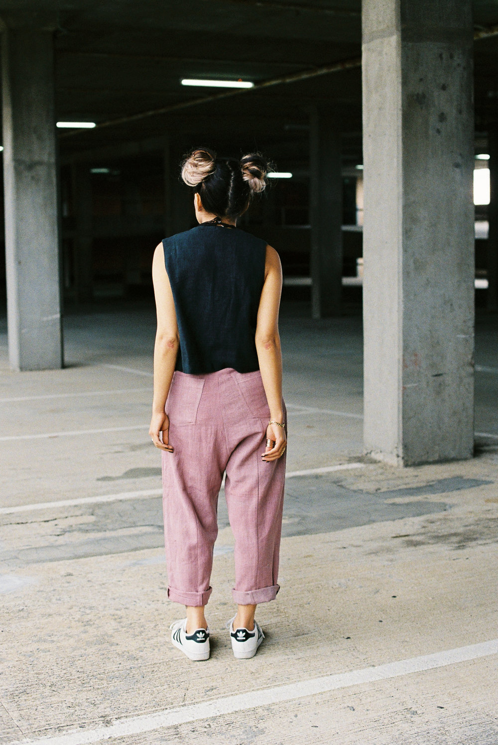 blackvestpinkpants-1.jpg