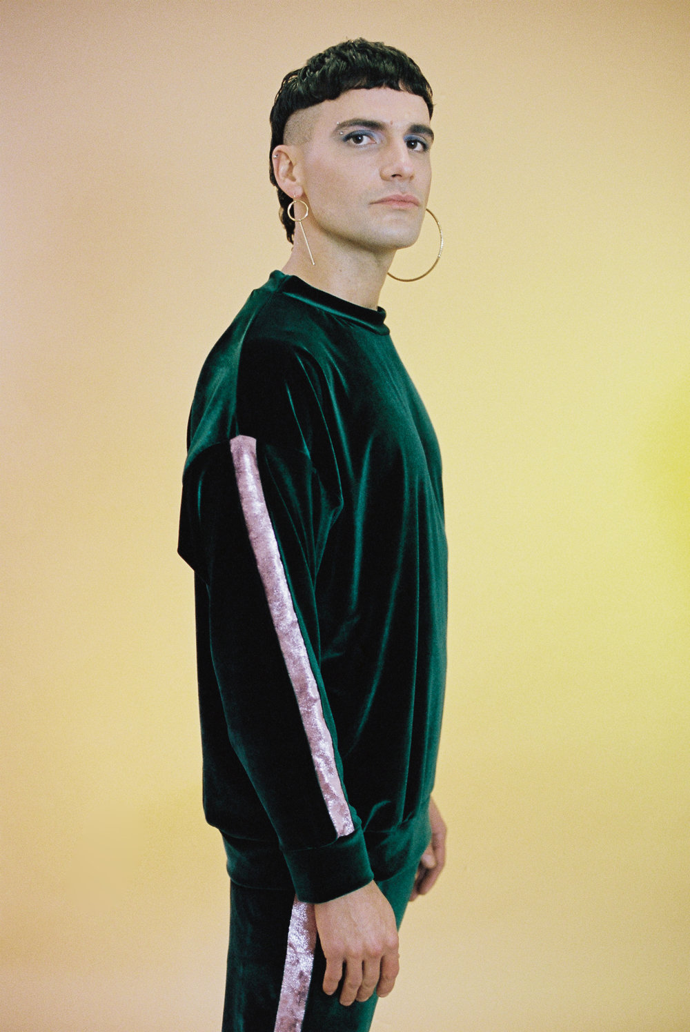 greentracksuit-2.jpg