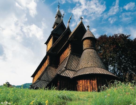 Hopperstad stavkyrkje. Foto: InnovasjonNorge/Per Eide