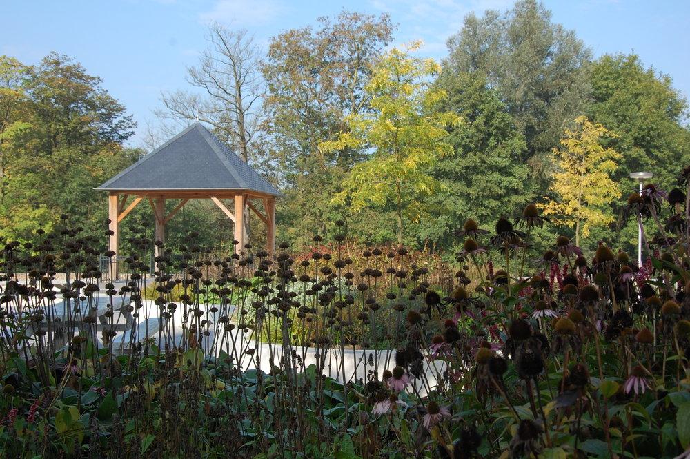 de beplanting van leyhoeve door GRASVELD Tuin- en Landschapsarchitecten